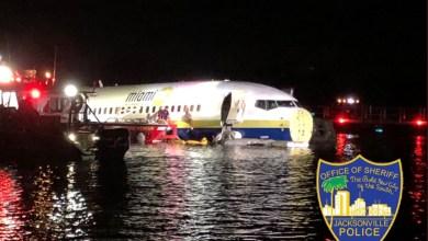 Photo de Un Boeing 737 atterrit dans l'eau aux Etats-Unis