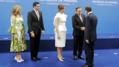 Photo de El Otmani reçu en audience par le nouveau président du Panama