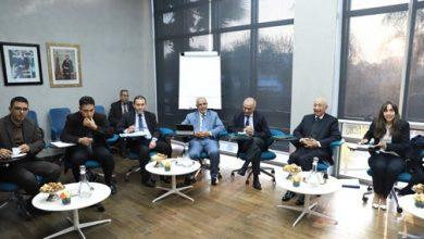 Photo de Modèle de développement: La Commission spéciale dialogue avec le PJD