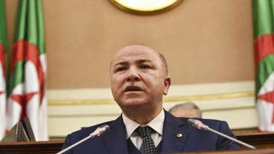 Photo de Le nouveau premier ministre algérien testé positif à la Covid-19