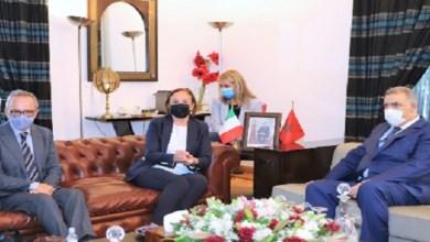 Photo de Abdelouafi Laftit tient une réunion de travail avec son homologue italienne