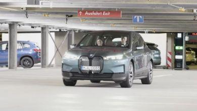Photo de BMW et son «Voiturier automatique»