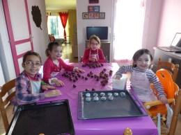 préparation de petits gâteaux