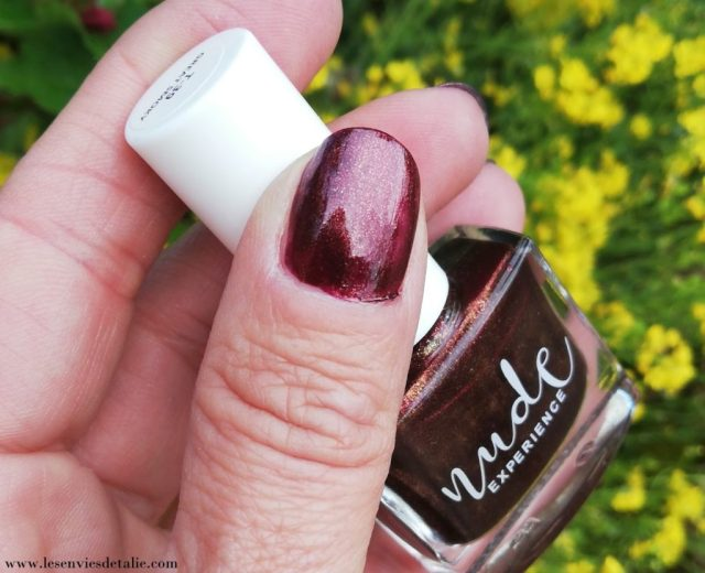Swatch au soleil Vernis great smoky Nude experience