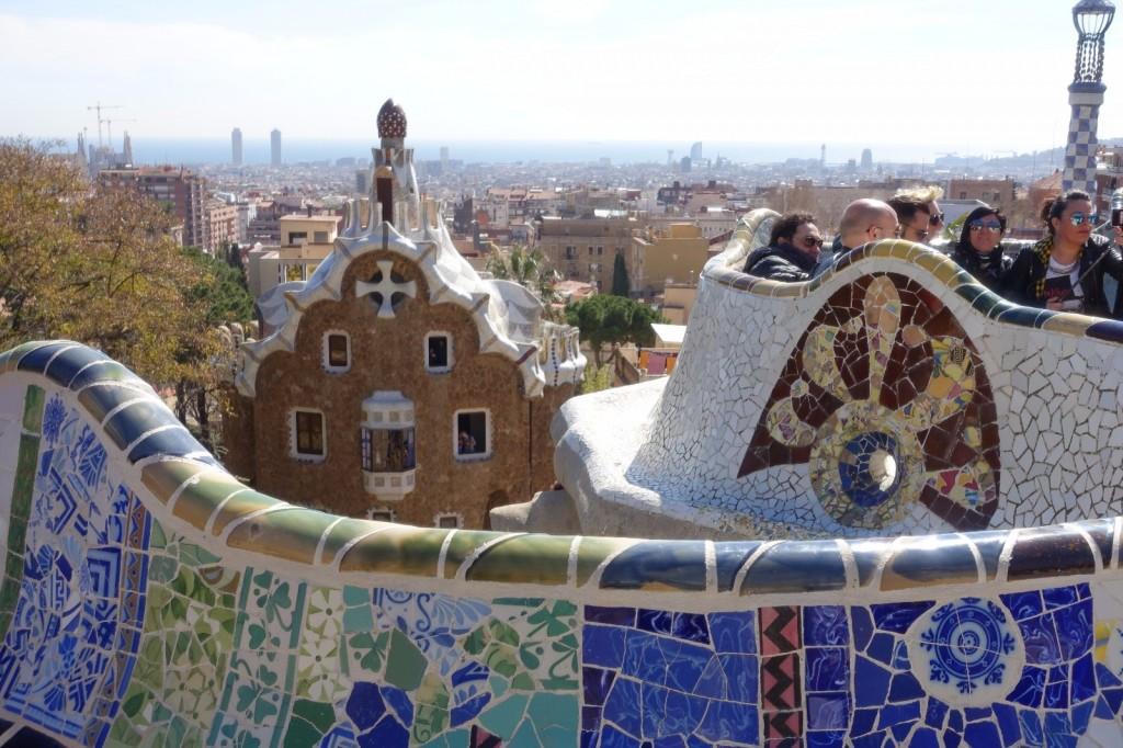 les-exploratrices-barcelone-parc-guell-mosaiques
