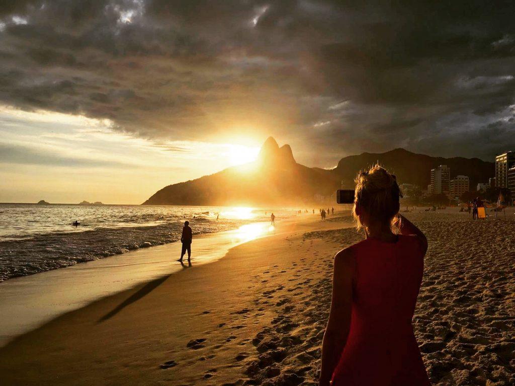 rio-ipanema-sunset