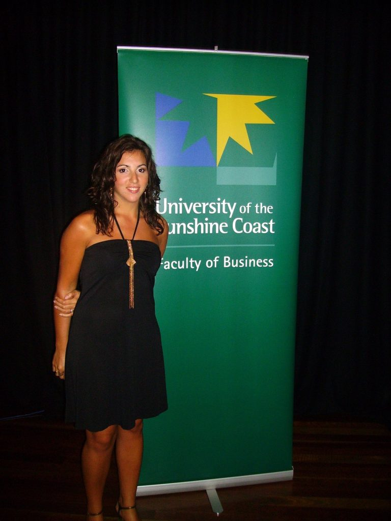 les-exploratrices-australie-2007-faculty-business-remise-diplome