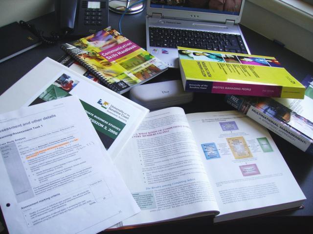 les-exploratrices-fanny-skyblog-australie-2006-studies