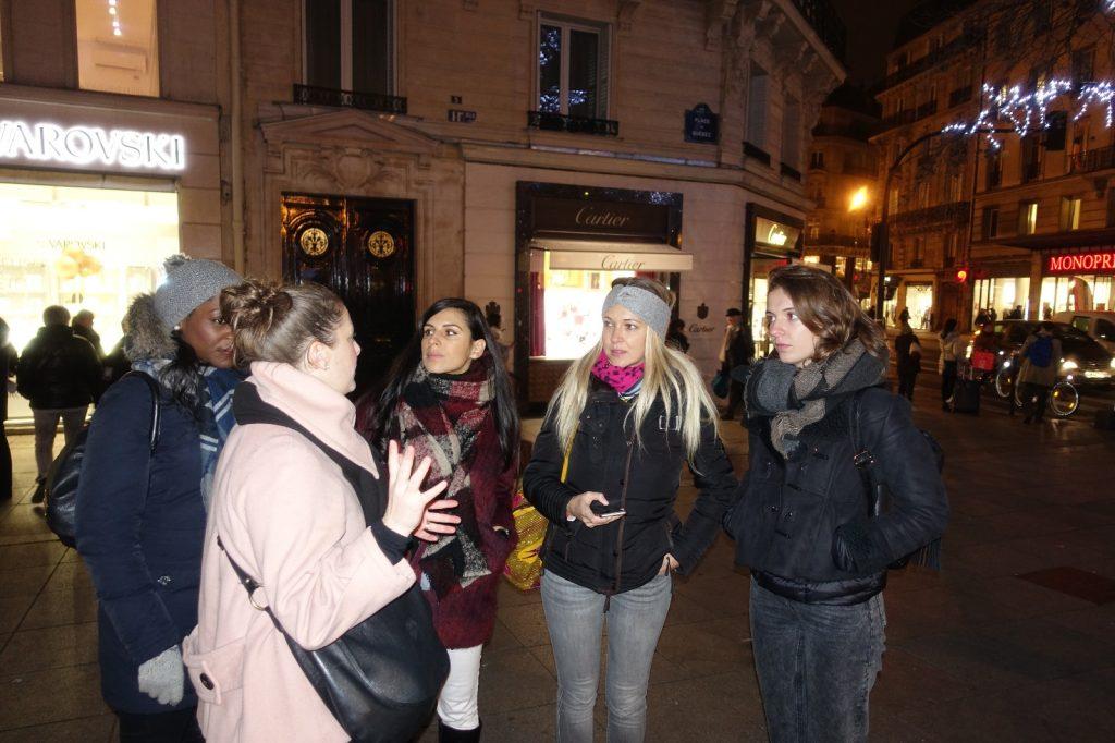 robert-pink-paris-tour