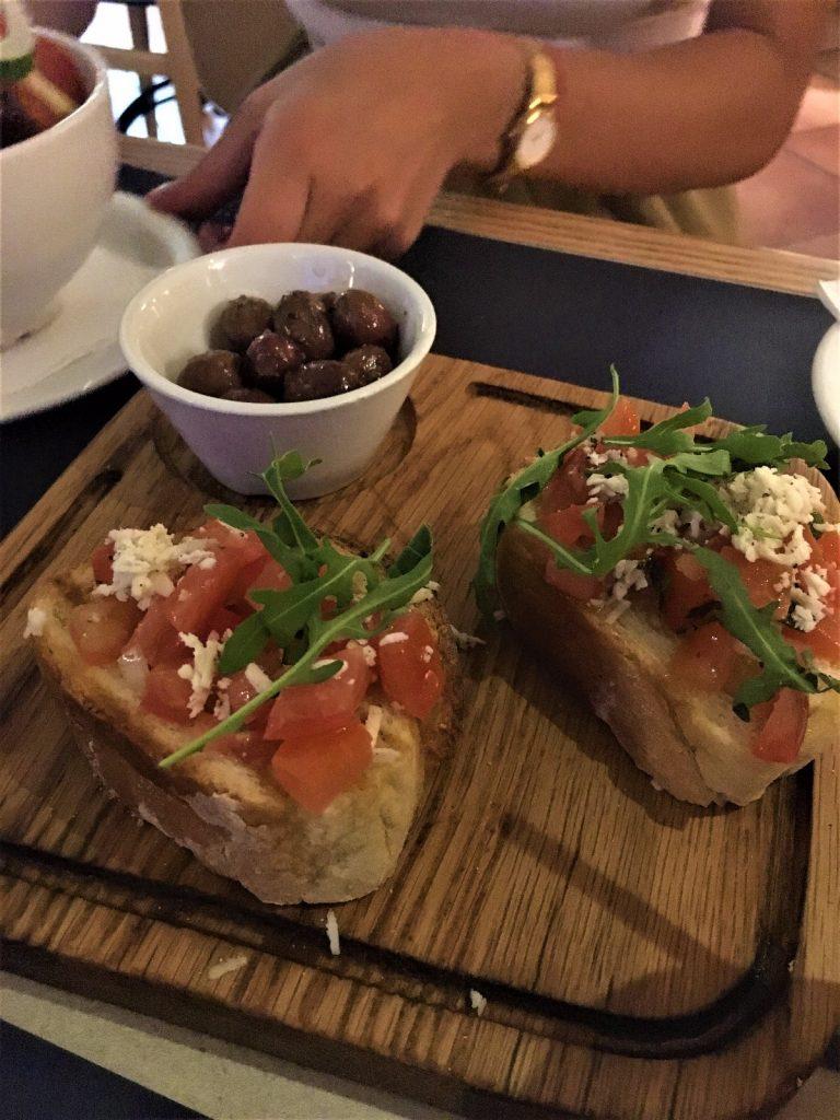 les-exploratrices-malte-al-ponte-restaurant