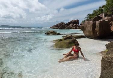 les-seychelles-la-digue-piscine-naturelle-anse-coco