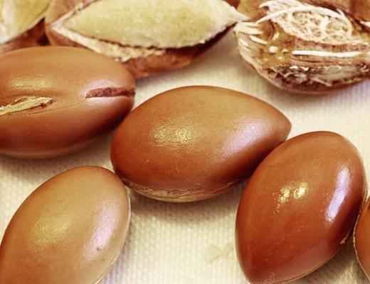 FullHD_maroc-huile-argan-lily-les-exploratrices-noix-naturels