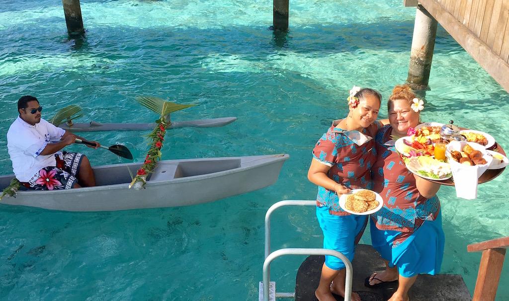bora-bora-canoe-breakfast-sofitel-private-island