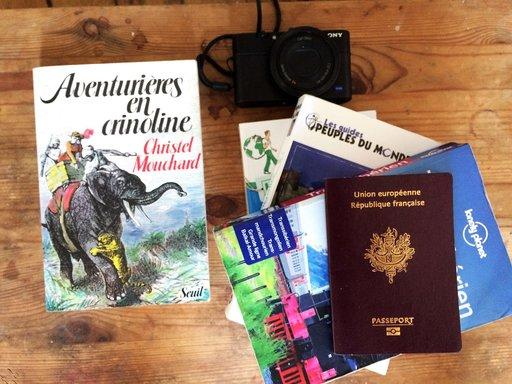 lecture du livre aventurières en crinoline