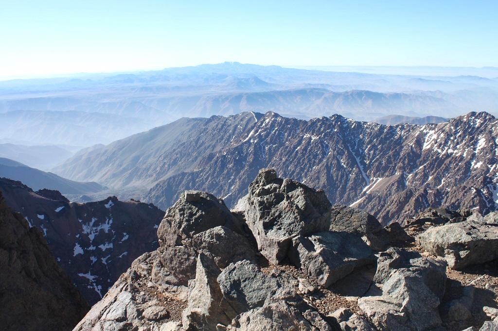 maroc-mont-toubkal-lily-les-exploratrices-randonnee-sommet