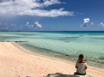 tikehau et ses plages de sable rose en polynésie française
