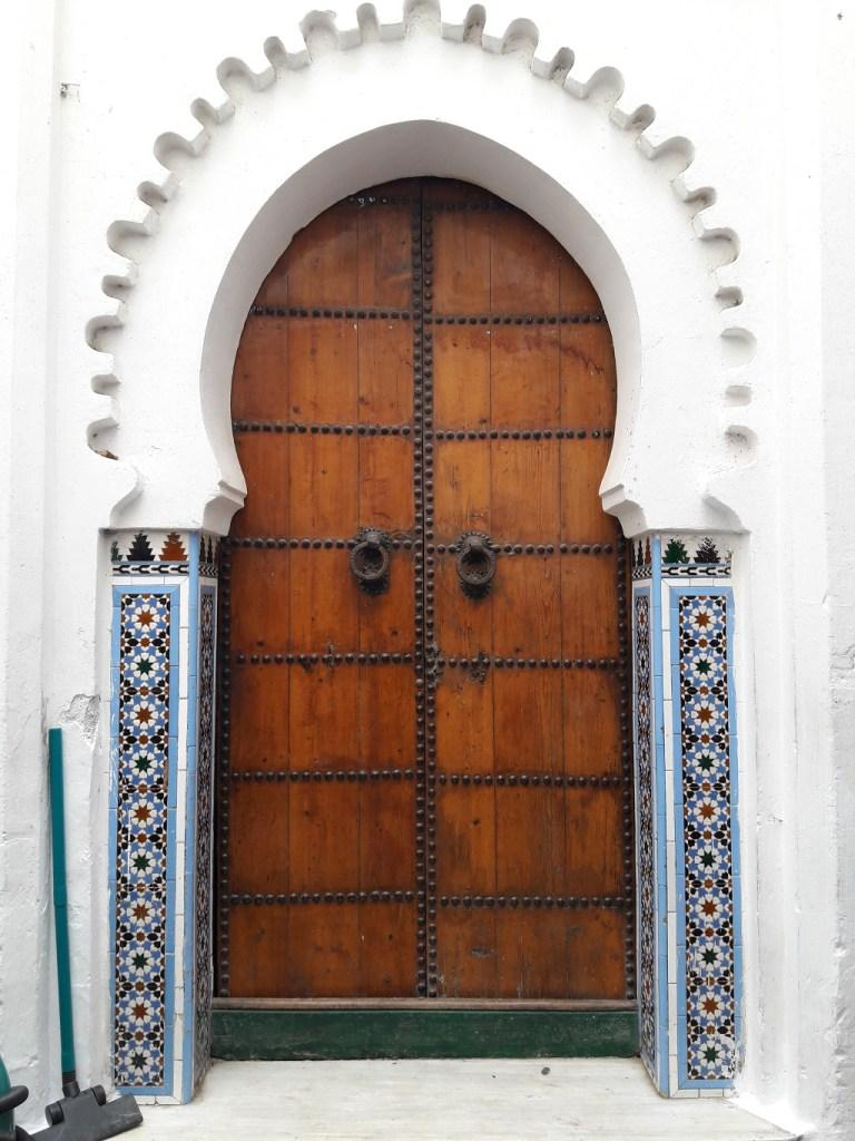 maroc-nord-tetouan-lily-les-exploratrices-porte-orientale