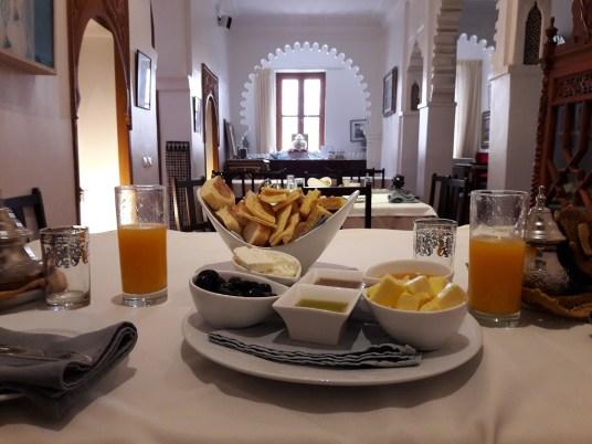 maroc-riad-blanco-lily-les-exploratrices-tetouan-ou-dormir