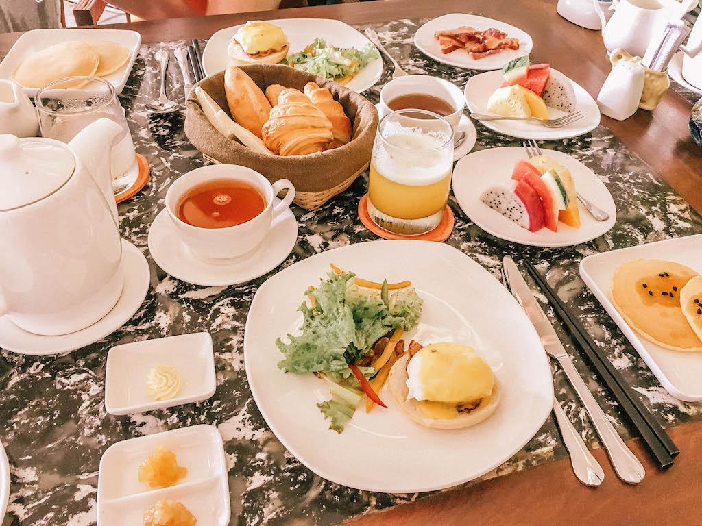 vietnam-airlines-petit-dejeuner-explorer-le-vietnam-archipel-poulo