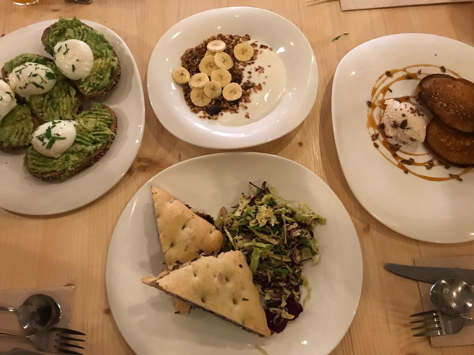 palma-mallorca-bonnes-adresses-brunch-santosha-plats