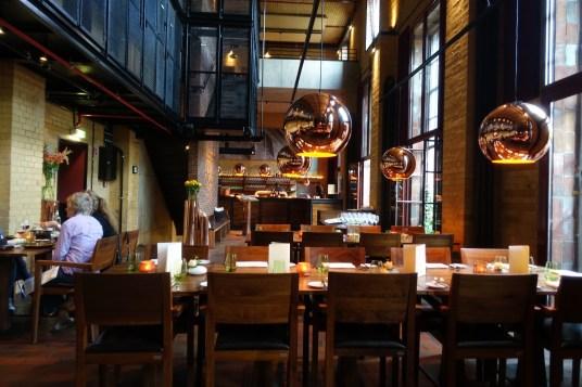 bonnes-adresses-berlin-restaurant-volt-salle