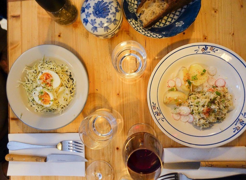 un joli dîner en tête à tête au restaurant grive à paris