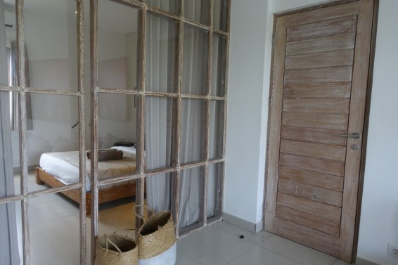 voyage-a-bali-canggu-beach-apartments-entree