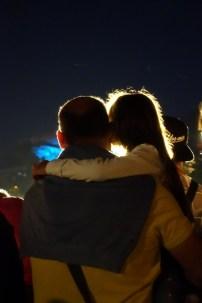 que-faire-dans-le-bearn-pyrenees-lourdes-procession-flambeaux-amour