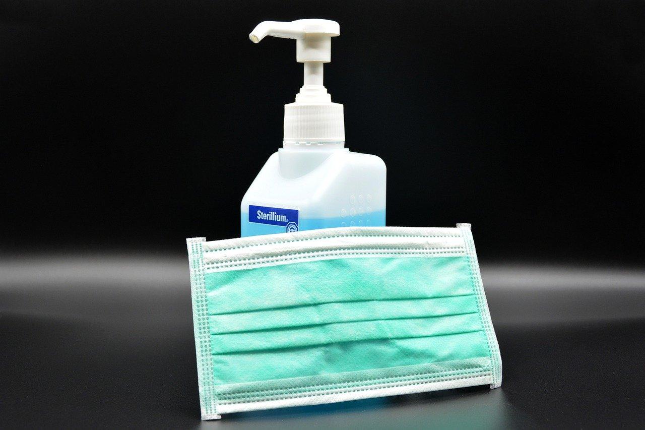 Atemschutzmasken, Desinfektionsmittel und Gesichtsschutz selber machen