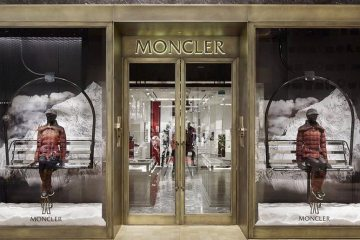 MONCLER FIRST CANADIAN STORE IN TORONTO