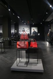 PORSCHE DESIGN FLAGSHIP STORE IN NEW YORK 3
