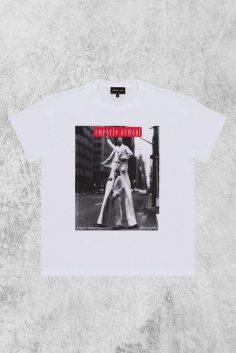 A t-shirt from Giorgio Armani's 40th anniversary capsule collect