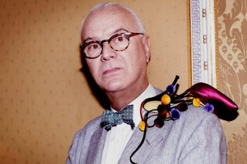MANOLO BLAHNIK FIRST HANDBAG COLLECTION1