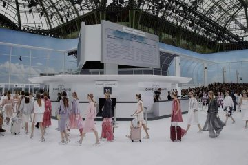 CHANEL SPRING 2016 RTW COLLECTION