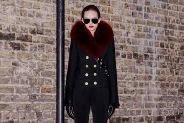 LE LOOK: ALEXANDER MCQUEEN PRE-FALL 2016 COLLECTION