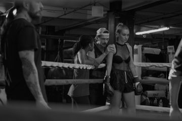 STUART WEITZMAN 'DO IT RIGHT' FILM STARRING GIGI HADID