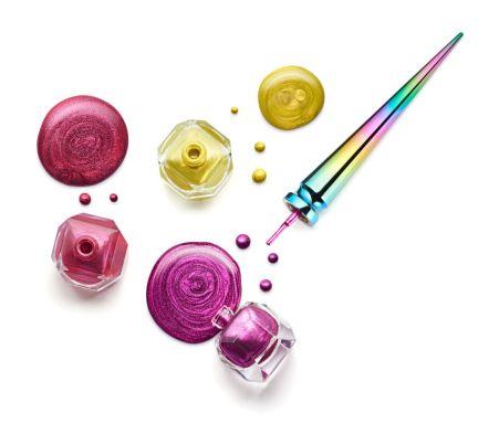 christian-louboutin-loubichrome-nail-colour-collection-2