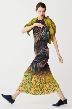 issey-miyake-pre-fall-2017-collection-21