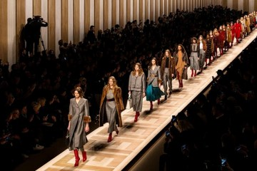 FENDI FALL 2017 RTW COLLECTION