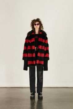MCQ ALEXANDER MCQUEEN FALL 2017 RTW COLLECTION 31