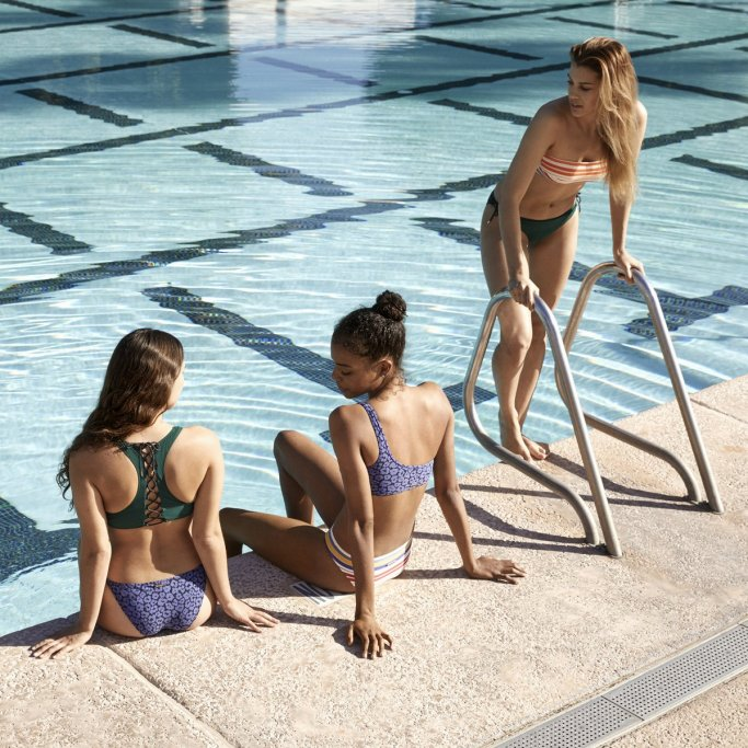 STELLA MCCARTNEY SUMMER 2017 SWIMWEAR COLLECTION