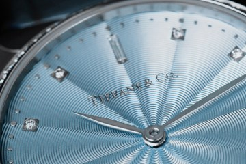 TIFFANY & CO. TIFFANY METRO TIMEPIECE COLLECTION FILM