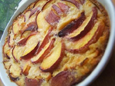 Clafoutis pêches-gingembre