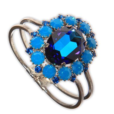 Bracelet Fleur Bleue 60 euros