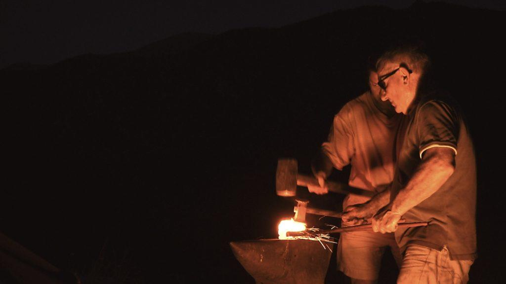 Forge du massio à Baillestavy. Image du film Renaissance réalisé et produit par Olivier Moulaï, financement participatif touscoprod