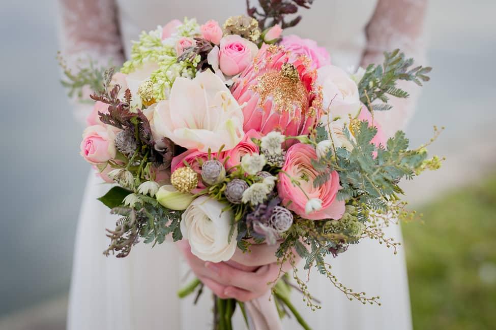 bouquet-mariee-rose-pastel-fleurs