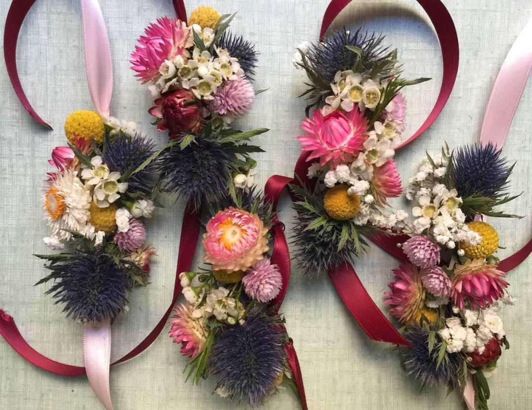 bracelet-colore-fleurs-sechees-mariage