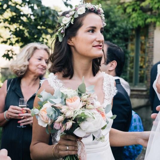 bouquet-mariee-couronne-fleurs-champetre-mariage