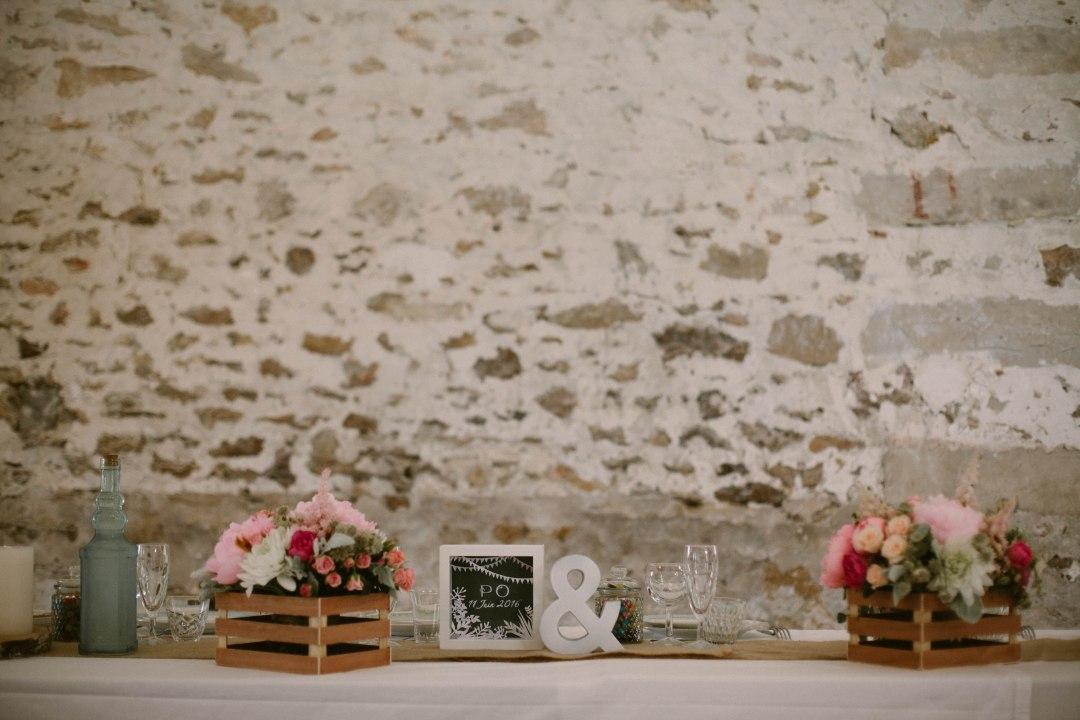 caisse-a-pomme-fleurs-centre-table-mariage