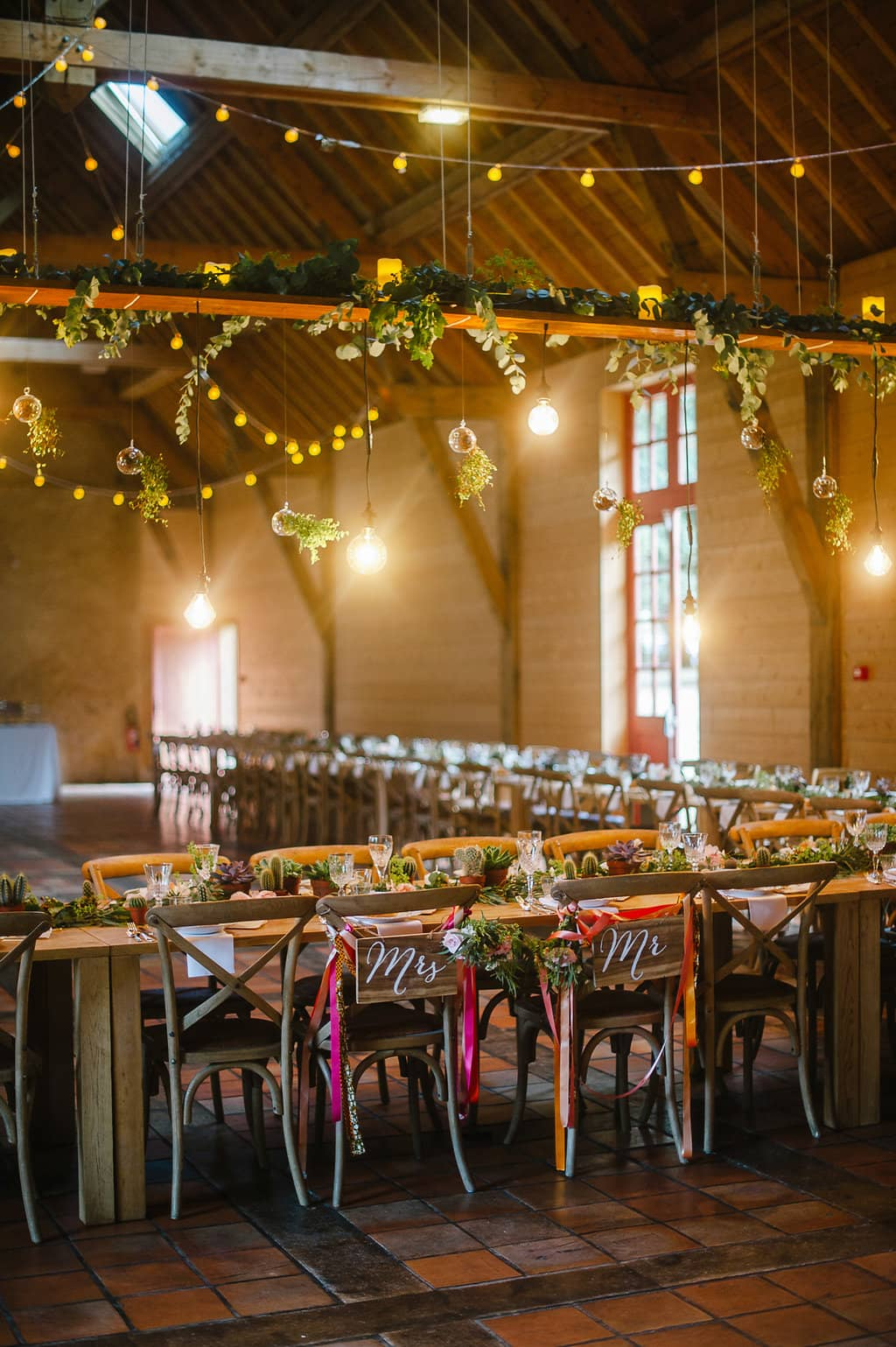 campagne-diner-centre-table-suspension-mariage